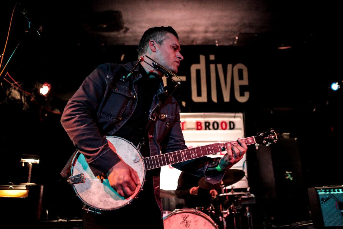 Mark Sasso on Banjo