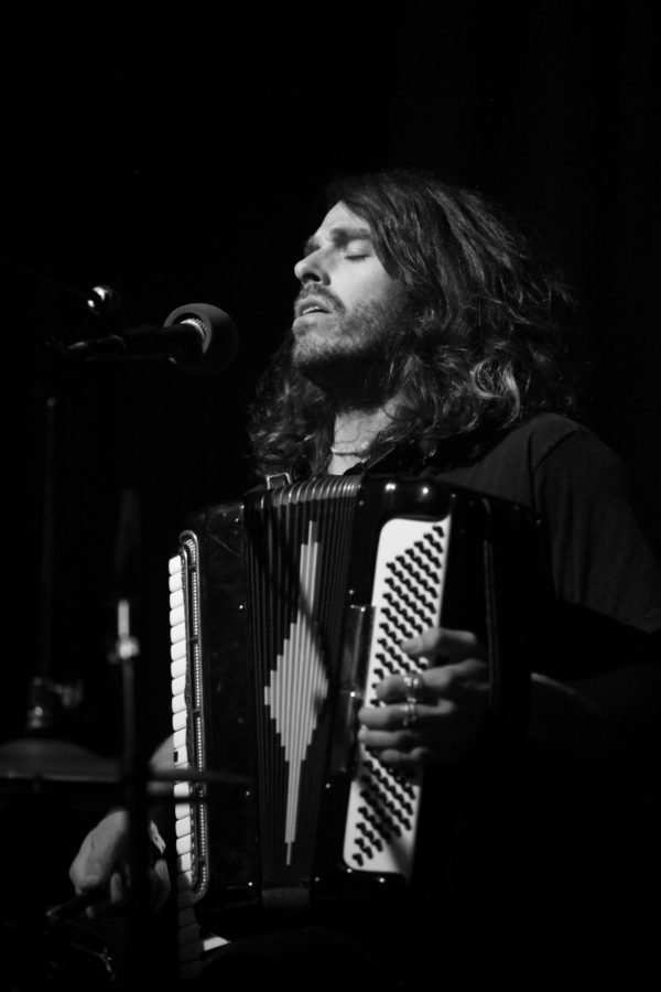Tim Arnold on Accordion